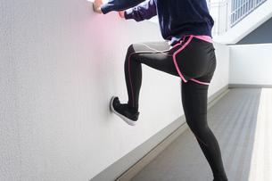 女性・スポーツの写真素材 [FYI04705402]