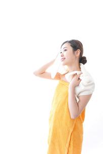 入浴後の女性の写真素材 [FYI04706234]