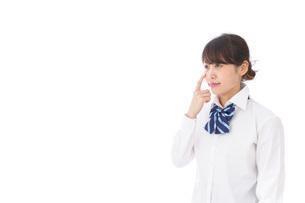 思春期の肌荒れに悩む学生の写真素材 [FYI04708187]