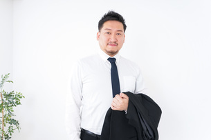 Businessman at officeの写真素材 [FYI04708850]