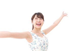 Beautiful young woman with smileの写真素材 [FYI04709055]