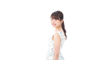 Beautiful young woman with smileの写真素材 [FYI04709057]