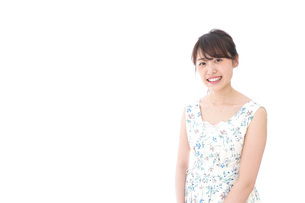 Beautiful young woman with smileの写真素材 [FYI04709086]
