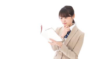 勉強をする学生の写真素材 [FYI04709532]