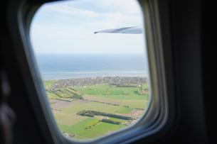 飛行機から眺める風景の写真素材 [FYI04709979]