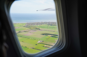 飛行機から眺める風景の写真素材 [FYI04709988]