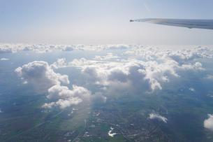 飛行機から眺める風景の写真素材 [FYI04709993]