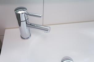 バスルームの写真素材 [FYI04710003]