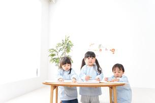 こども園・幼稚園・保育園の写真素材 [FYI04710310]