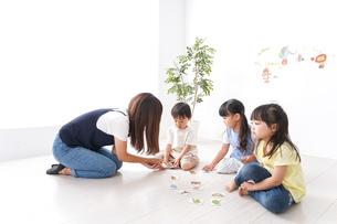 子供の英語教室の写真素材 [FYI04710486]