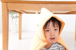 子供の災害対策の写真素材 [FYI04710970]