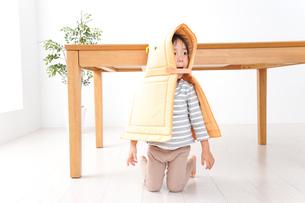 子供の災害対策の写真素材 [FYI04710973]