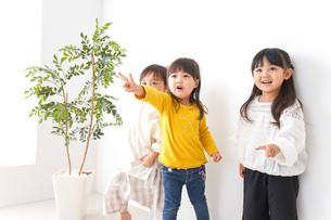 こども園・幼稚園・保育園の写真素材 [FYI04711103]