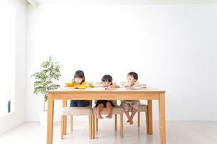 幼児教育の写真素材 [FYI04711184]