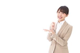 ひらめくビジネスマン・ビジネスアイデアの写真素材 [FYI04711463]