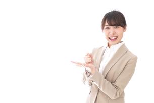 ひらめくビジネスマン・ビジネスアイデアの写真素材 [FYI04711486]