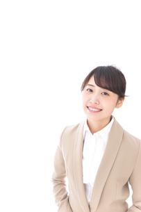 笑顔の若いビジネスウーマンの写真素材 [FYI04711773]