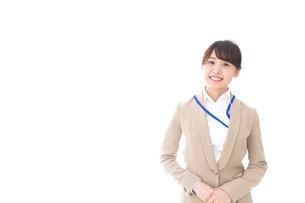 笑顔の若いビジネスウーマンの写真素材 [FYI04711788]