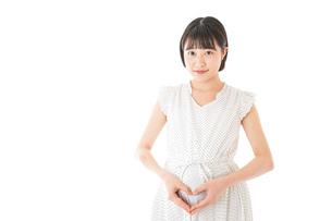 妊娠した若い女性の写真素材 [FYI04711936]