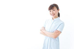 自信がある若い看護師の写真素材 [FYI04713188]