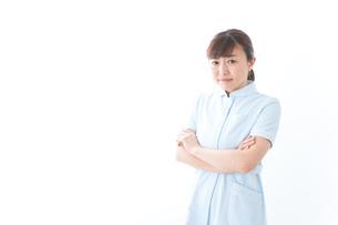 自信がある若い看護師の写真素材 [FYI04713193]