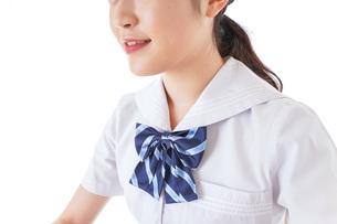 授業を受ける若い女子学生の写真素材 [FYI04715863]