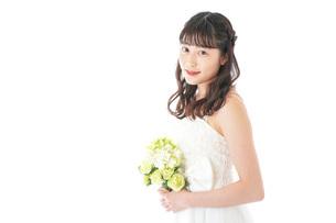 ブーケを持つ花嫁の写真素材 [FYI04716261]