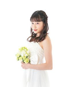 ブーケを持つ花嫁の写真素材 [FYI04716262]