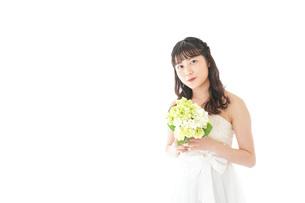 ブーケを持つ花嫁の写真素材 [FYI04716377]