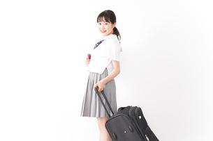 海外留学・修学旅行をする若い女子高校生の写真素材 [FYI04717932]