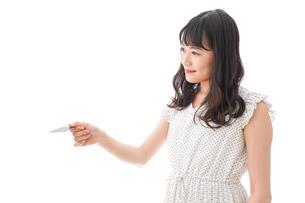 キャッシュレス・スマホ決済・クレジットカード決済イメージの写真素材 [FYI04718041]