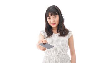 キャッシュレス・スマホ決済・クレジットカード決済イメージの写真素材 [FYI04718043]