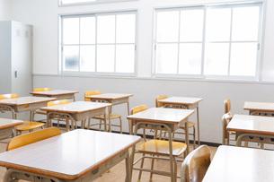 誰もいない学校の教室の写真素材 [FYI04721317]