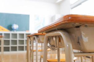 誰もいない学校の教室の写真素材 [FYI04721323]