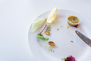 食べ残しイメージの写真素材 [FYI04721585]