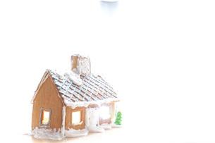 手作りのお菓子の家の写真素材 [FYI04721665]