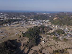 日本の田園風景ドローン撮影・淡路島の写真素材 [FYI04721680]