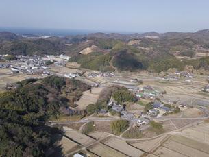 日本の田園風景ドローン撮影・淡路島の写真素材 [FYI04721682]