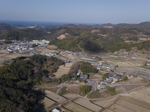 日本の田園風景ドローン撮影・淡路島の写真素材 [FYI04721683]