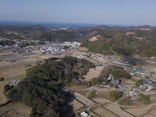 日本の田園風景ドローン撮影・淡路島の写真素材 [FYI04721684]
