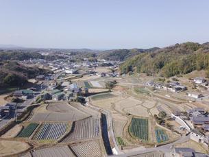 日本の田園風景ドローン撮影・淡路島の写真素材 [FYI04721688]