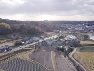 日本の田園風景ドローン撮影・淡路島の写真素材 [FYI04721689]