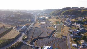 日本の田園風景ドローン撮影・淡路島の写真素材 [FYI04721712]