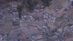 日本の田園風景ドローン撮影・淡路島の写真素材 [FYI04721718]