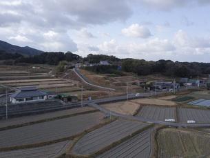 日本の田園風景ドローン撮影・淡路島の写真素材 [FYI04721813]