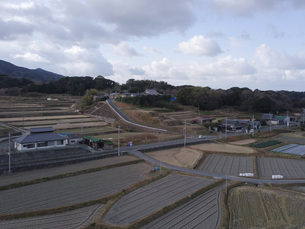 日本の田園風景ドローン撮影・淡路島の写真素材 [FYI04721817]