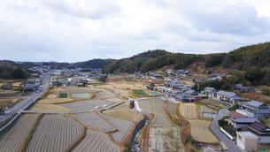 日本の田舎風景・ドローン撮影の写真素材 [FYI04721836]