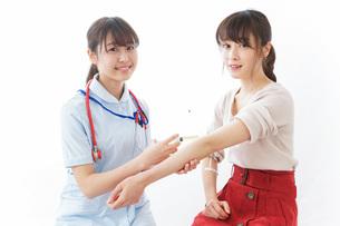 注射・予防接種の写真素材 [FYI04722256]
