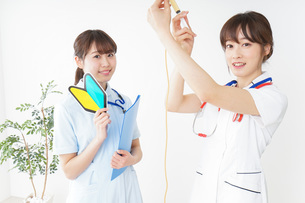 若手の看護師の写真素材 [FYI04722535]