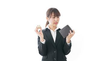 不動産と財布の写真素材 [FYI04723214]